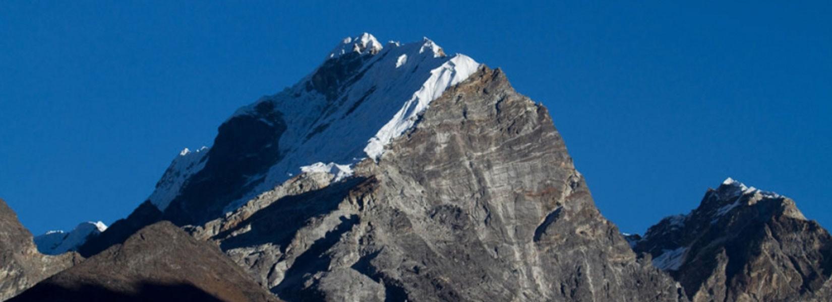 Lobuche East Peak Climb