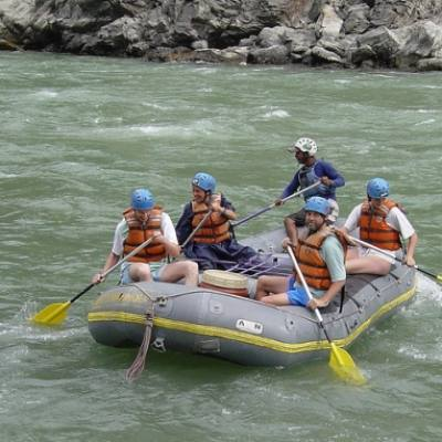 Explore adventures rafting Himalayan Rivers